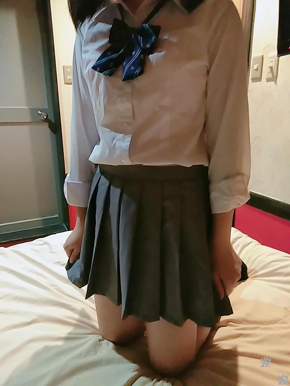 さちちゃん制服1